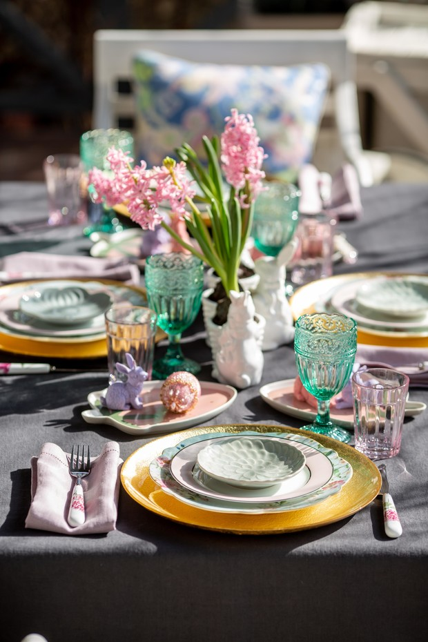 Фото №10 - Украшаем стол к Пасхе: идеи декора от Анны Муравиной