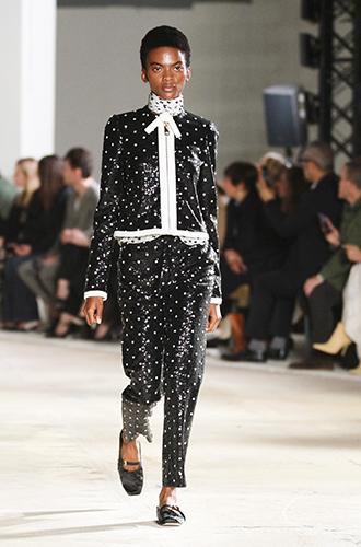 Фото №31 - По секрету: 10 неочевидных (пока) трендов Недели моды в Париже