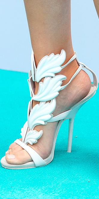 Фото №69 - Обувные бренды звезд, часть 2: Nicholas Kirkwood, Manolo Blahnik, Giuseppe Zanotti