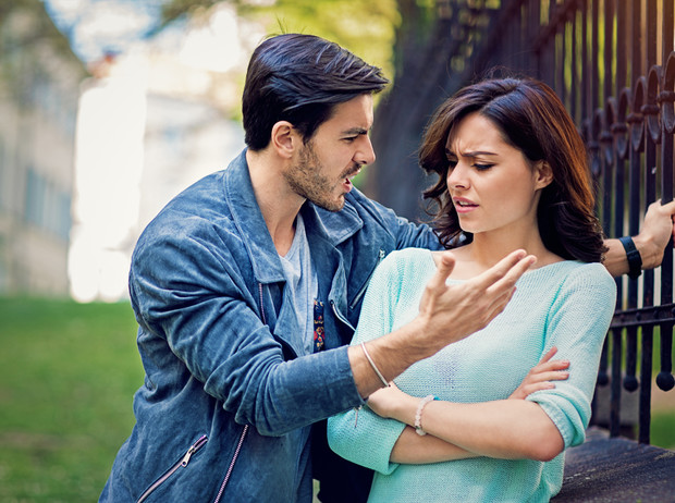 Фото №6 - 5 признаков того, что вы влюблены в нарцисса