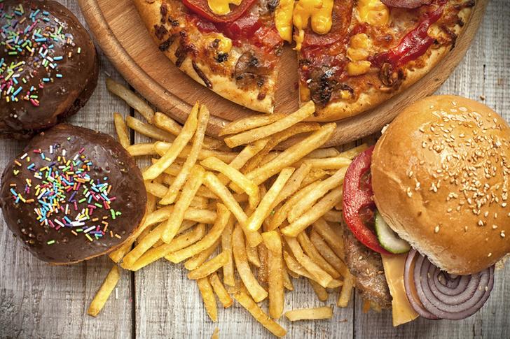 Фото №1 - Ученые рассказали, какая еда наиболее вредна для детей