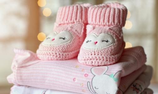 Фото №1 - За год более тысячи молодых петербурженок не получили 50 тысяч рублей за рождение первенца