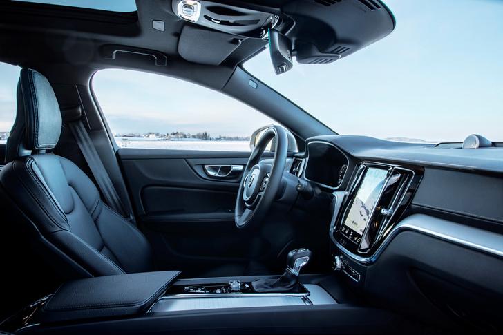 Фото №4 - Volvo V60 Cross Country: один автомобиль чтобы править всеми