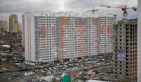 Жить в «лёгких» города: обзор ЖК «Серебряный»