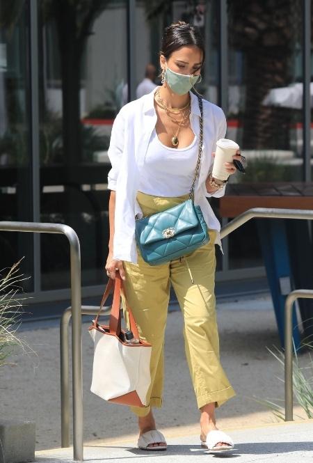 Джессика Альба в Лос-Анджелесе