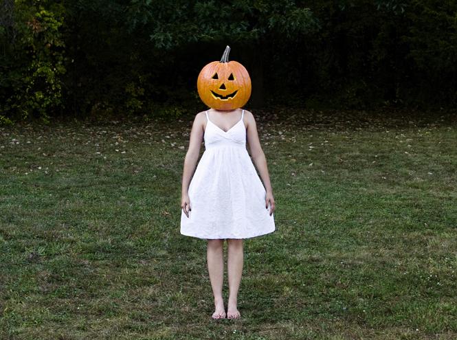 Фото №1 - Мастер-класс: как сделать маникюр на Хэллоуин