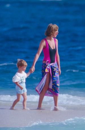 Фото №10 - Принцесса пляжа: бикини-стиль Дианы