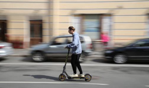 Фото №1 - «Приходится оперировать»: травматолог рассказал, как «водители» самокатов калечат пешеходов