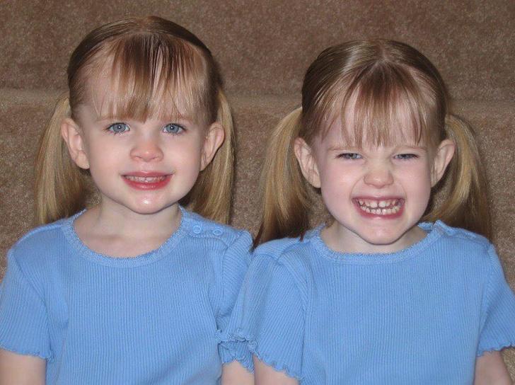 Фото №2 - Что стало с близняшками, которые играли дочь Рэйчел в «Друзьях»