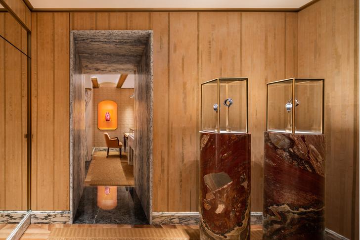 Фото №9 - Новый бутик Bvlgari в Париже: проект Питера Марино