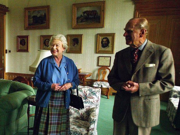 Фото №2 - Кто был главным в браке Елизаветы и Филиппа: любопытная история из жизни королевской пары