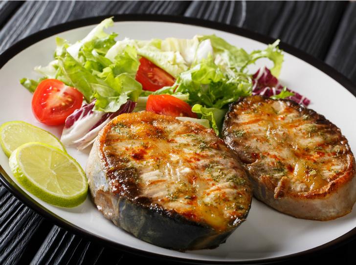 Фото №4 - Дары моря: 5 оригинальных рецептов с рыбой и морепродуктами