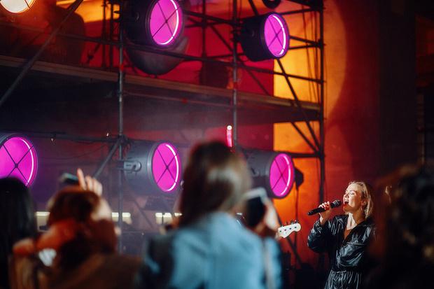 Фото №7 - Богемская кино-рапсодия: премьеры, знаменитости и попкорн на вечеринке ivi open night
