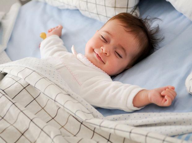 Фото №2 - Как приучить ребенка спать в собственной кровати