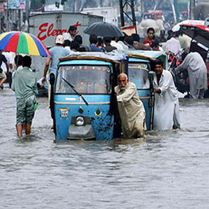 Фото №1 - Дожди заливают Индию