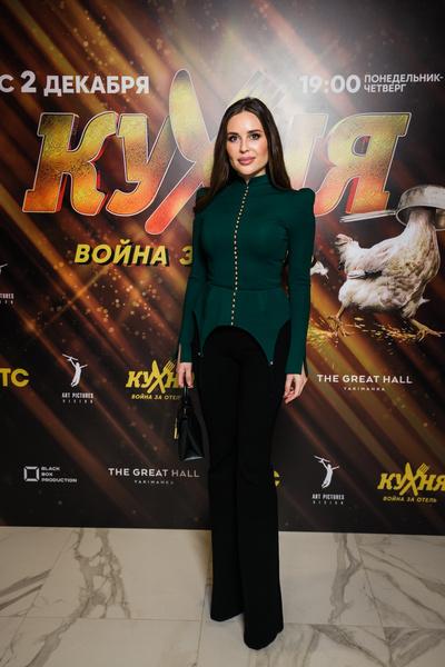 Тамара Турава Голая