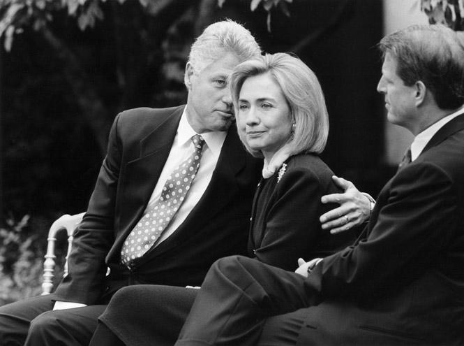 Фото №1 - Внутри скандала с Моникой Левински: что происходило в Белом доме накануне импичмента Билла Клинтона