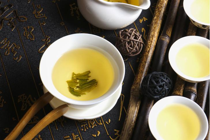Фото №1 - Ученые рассказали, можно ли пить чай после инсульта