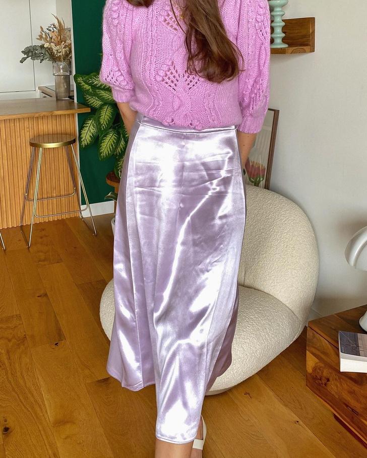 Фото №2 - Идея образа для свидания в День святого Валентина: француженка Жюли Феррери в розовом тотал-луке