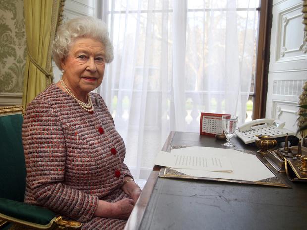 Фото №4 - Почему Королева может больше никогда не вернуться в Букингемский дворец