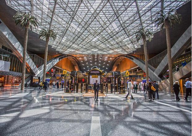 Фото №2 - 10 самых красивых аэропортов мира