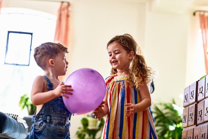 Фото №1 - Как обустроить комнату для разнополых детей: 14 примеров с фото