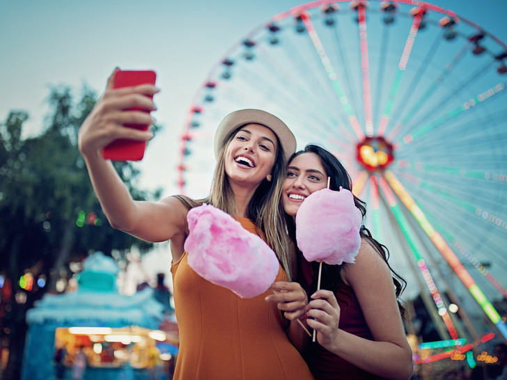 Фото №1 - Как не испортить совместный отпуск с друзьями: 5 главных правил