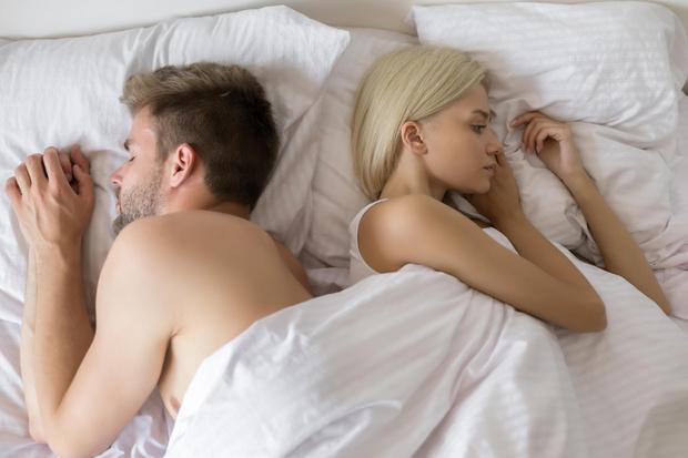 Фото №2 - Интимная инструкция: что делать, если не нравится секс