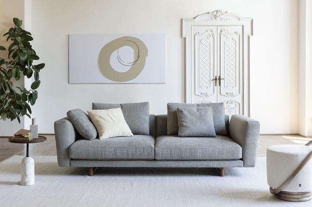 Фото №1 - Вечные ценности: новая коллекция мебели Porada