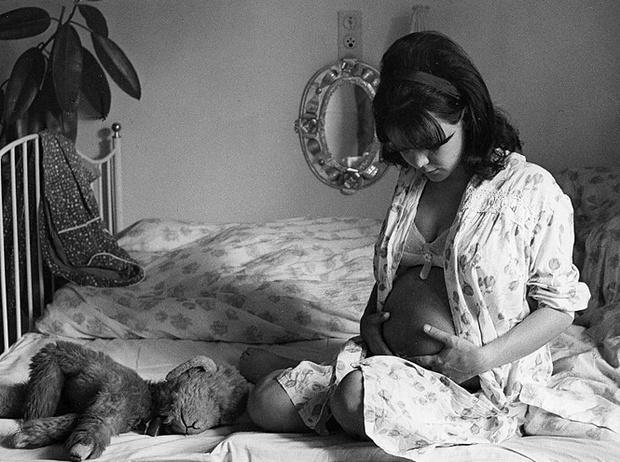 Фото №3 - 5 обычных вещей, которые женщины не могли делать в середине XX века