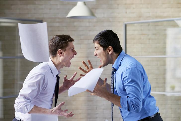 Фото №1 - Названа самая распространенная причина конфликтов в офисе