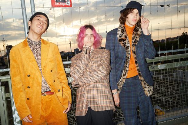 Фото №1 - R-pop: как российская рэп-группа вдохновилась кей-попом и сменила жанр