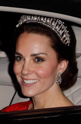 Фото №5 - Как герцогиня Меган открыла сокровищницу Дианы