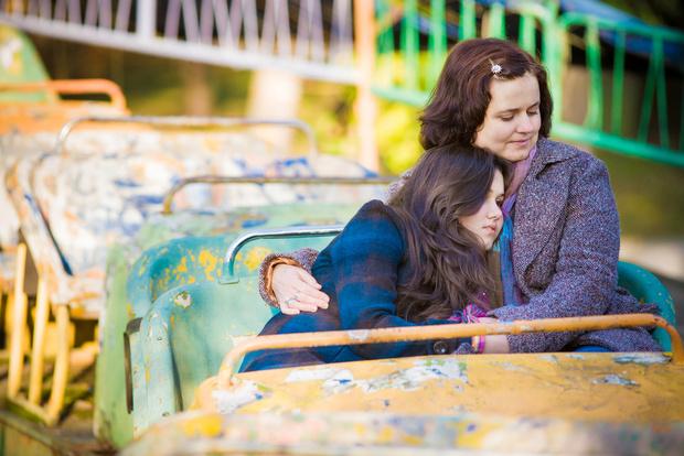 Фото №1 - Вопрос дня: Что делать, если мама навязчиво предлагает мне дружбу, а я не хочу?