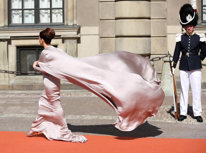 Фото №53 - Самые забавные моменты на королевских свадьбах (истории в фотографиях)