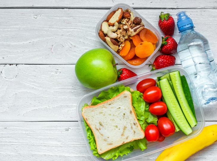 Фото №4 - Первое, второе и компот: почему лучше отказаться от комплексных обедов
