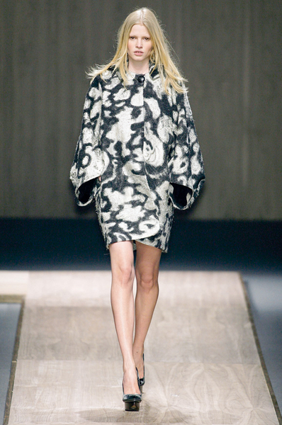 Фото №17 - 7 модных платьев, 7 модных интерьеров
