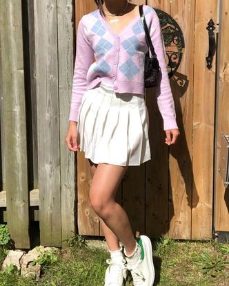Фото №16 - Полный гламур: как одеться в стиле 2000-х в 2021 году