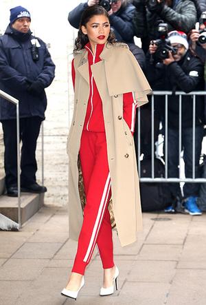 Фото №3 - Тренд, о котором вы не знали: как в этом сезоне носить олимпийку