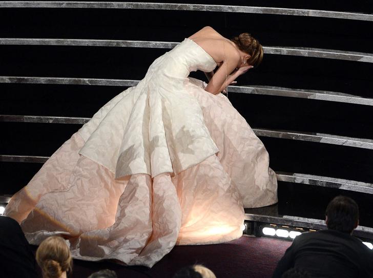 Фото №4 - Тайны «Оскара»: как звезды выбирают наряды для премии и зарабатывают на них