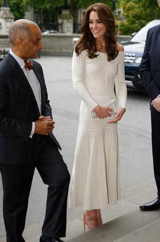 Фото №2 - Герцогиня Кембриджская признана самой влиятельной иконой стиля