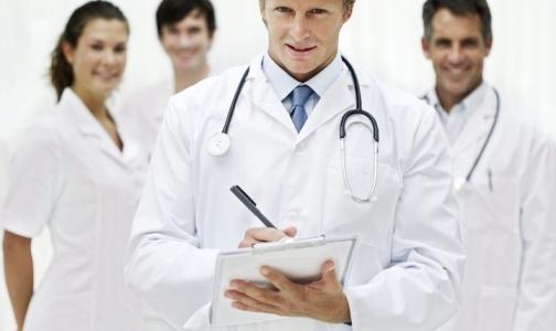 Фото №1 - Медики и фармацевты Петербурга меньше других рискуют потерять работу в кризис