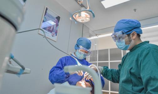 Фото №1 - В список победителей Всероссийского конкурса врачей-2020 вошли восемь петербуржцев и доктор из Ленобласти