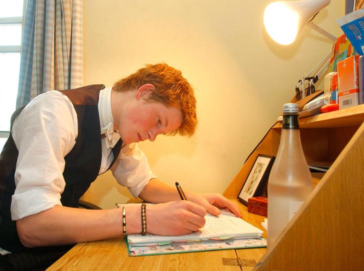 Фото №6 - Как принц Гарри жил во время учебы в Итоне