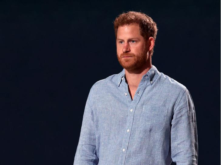 Фото №6 - Кейт и Уильям разводятся, а Гарри хочет вернуться к бывшей: 5 новых (и очень странных) слухов о Виндзорах