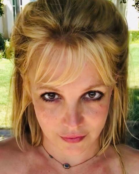 Фото №1 - Суд снова не позволил Бритни Спирс избавиться от опеки ее отца 😣