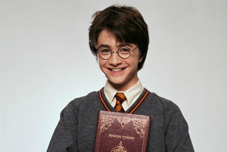 Фото №1 - Хотим немедленно: Новый иллюстрированный «Гарри Поттер»