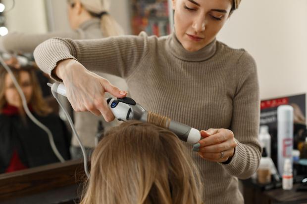 Фото №4 - Прокачай это: где и как научиться парикмахерскому искусству?