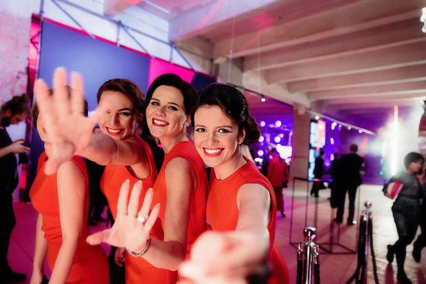 Фото №1 - Богемская кино-рапсодия: премьеры, знаменитости и попкорн на вечеринке ivi open night