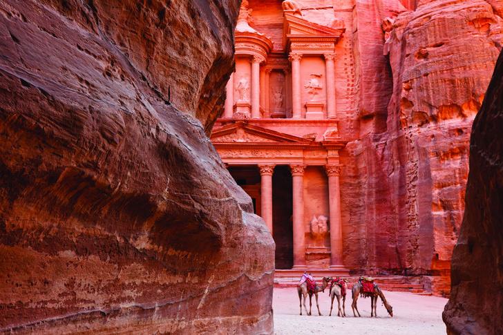 Фото №2 - Иордания: для души и тела